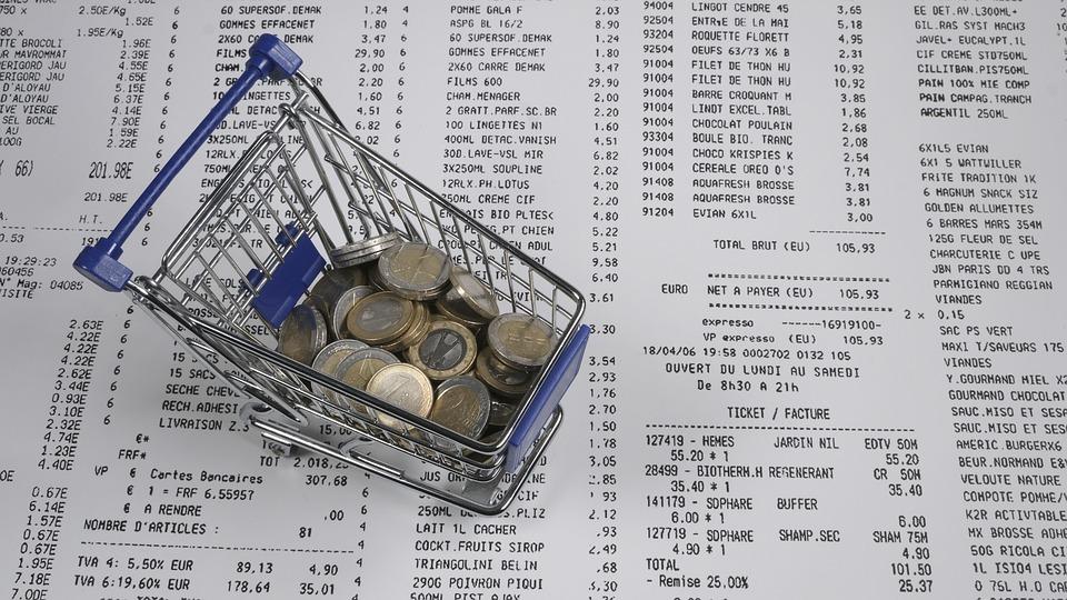 účtenka a mince