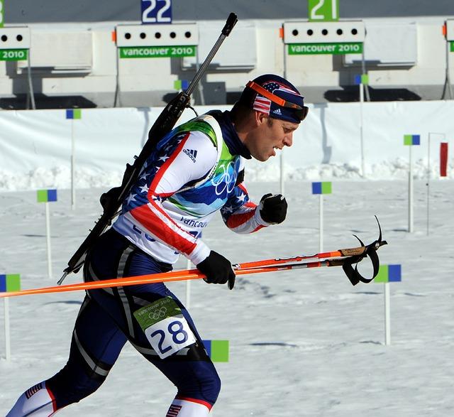 účastník biatlonu