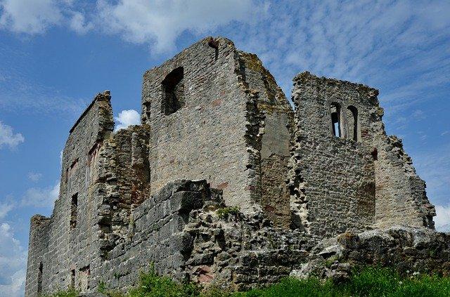 zřícenina hradu homburg