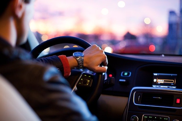 jízda, řidič za volantem