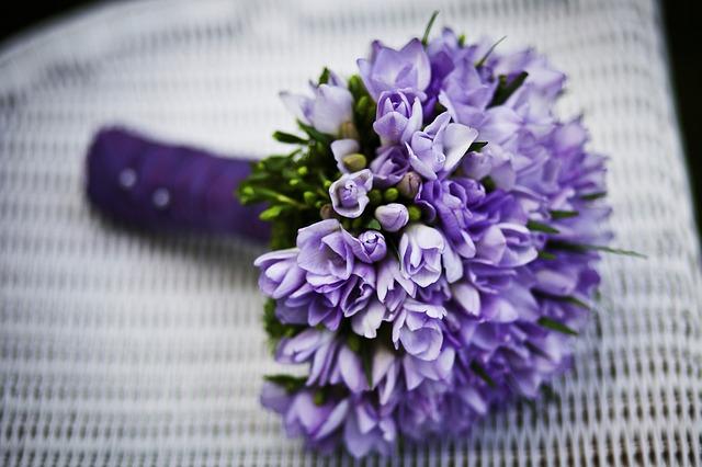 kytice modrých kvítků